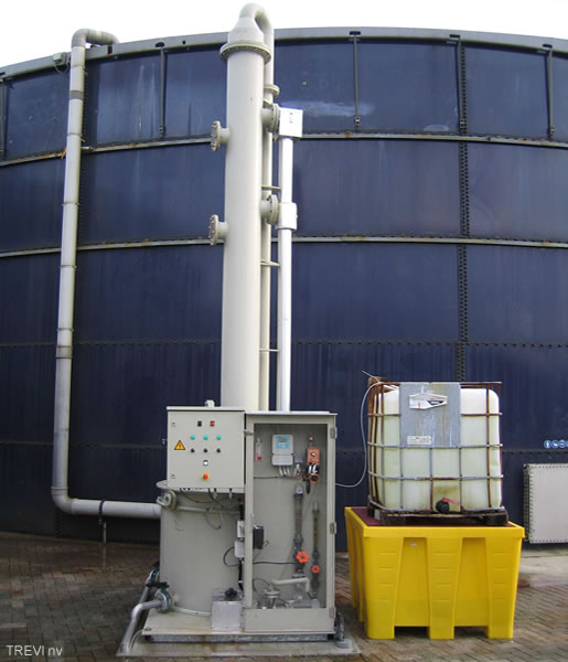 Realization alkaline scrubber for H2S-removal