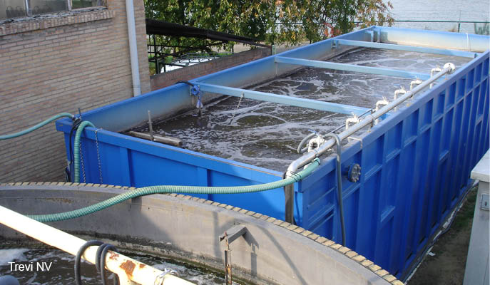 Mobile solution for pH-neutralisation and physicochemical waste water